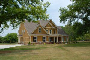 Hausbau und Möbilierung